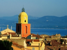 rooftop-churchtower-st-tropez
